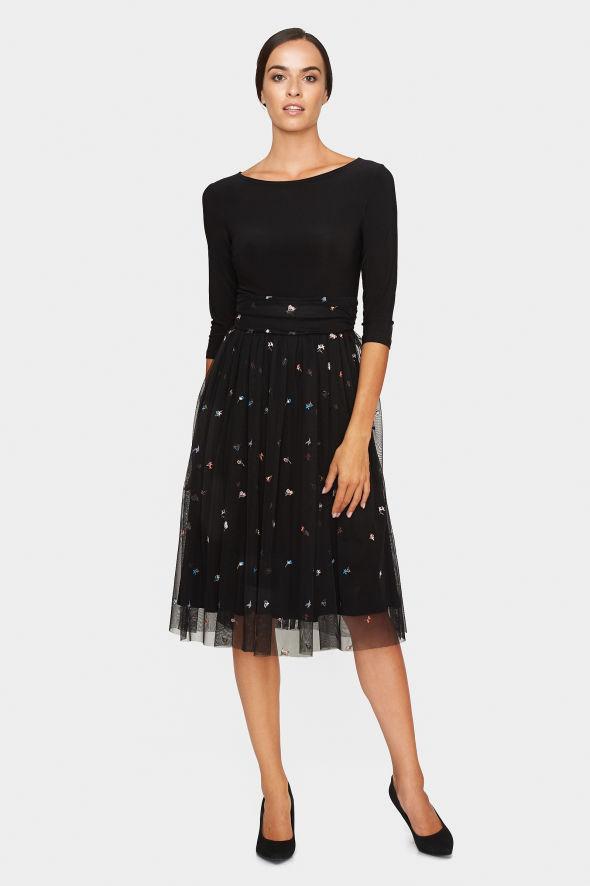 šaty Swetha