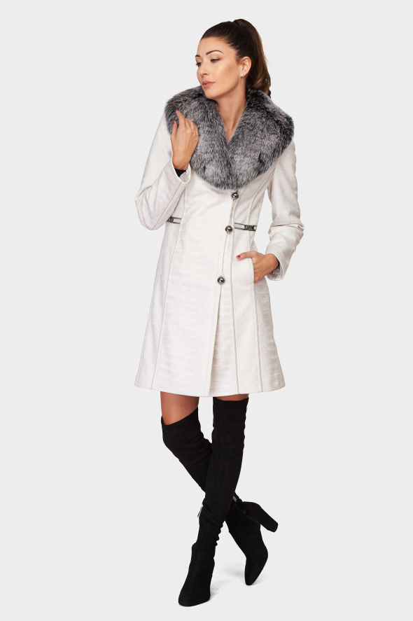 Kabát Zuzana